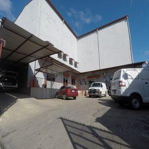 Edificio en venta zona industrial de Herrera