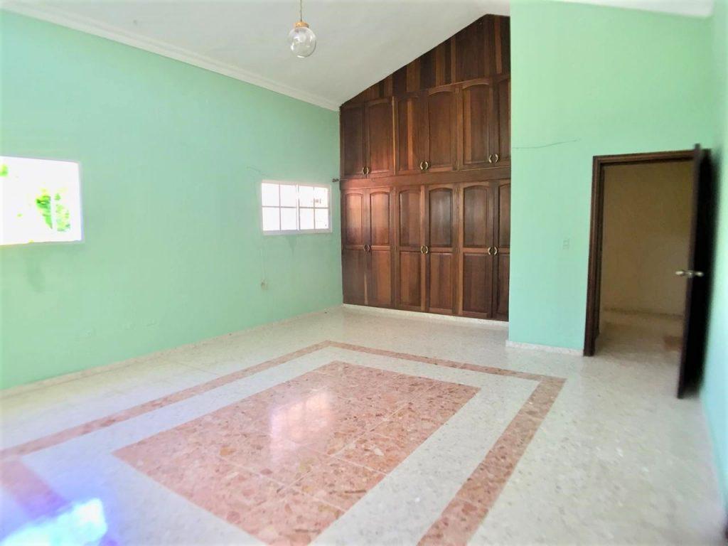 Casa en venta y alquiler en Alameda