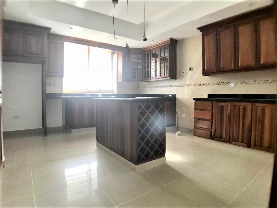 Apartamento en venta y alquiler en La Julia