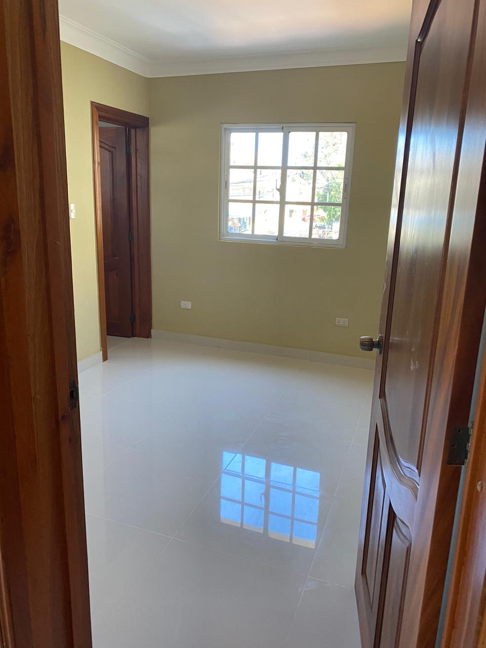 Apartamento en alquiler y venta en Alma Rosa