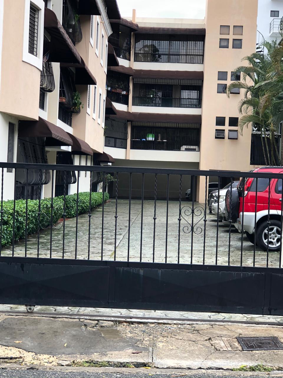 Apartamento en venta en Arroyo Hondo