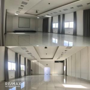 Alquiler de oficina en Santo Domingo Arroyo Hondo proximo a Galeria 360 y Agora Mall