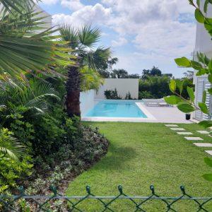 Villa en Punta Cana en proyecto cerrado - Regis Jimenez Remax RD 1-809-350-4540